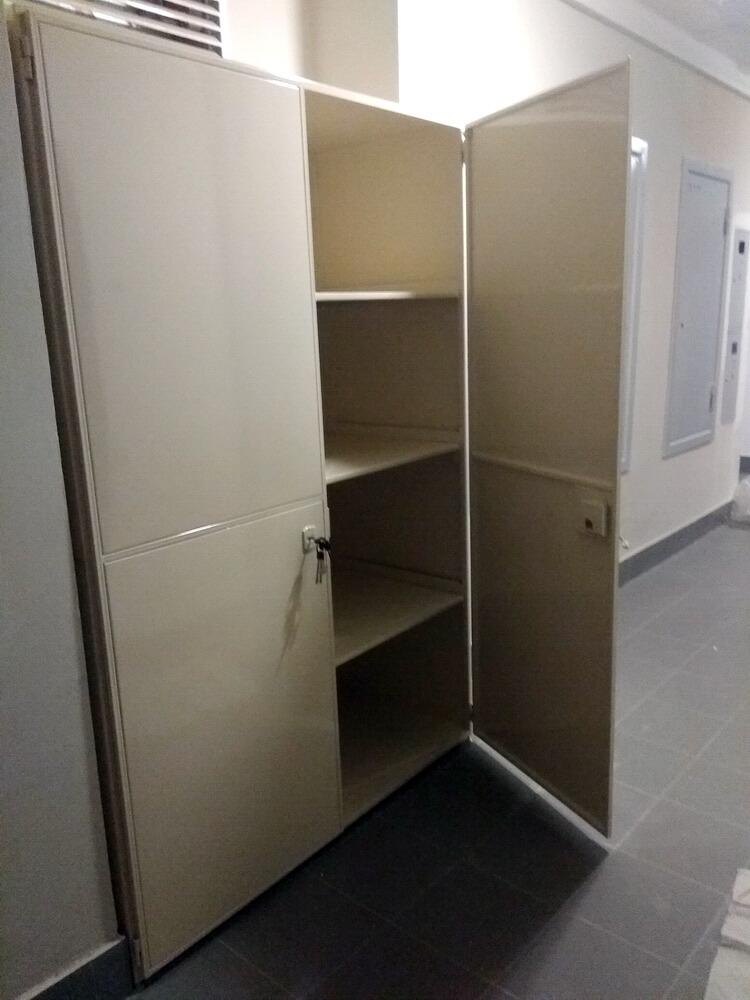 одном шкаф для подъездов фото удобному поиску